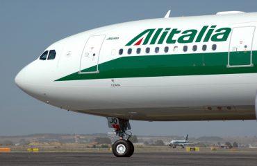 """Greva e personelit të """"Alitalia"""", anulohen dy fluturime Romë - Tiranë"""