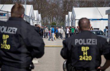 Tentuan azil në Gjermani, Francë e Angli, riatdhesohen 160 shqiptarë