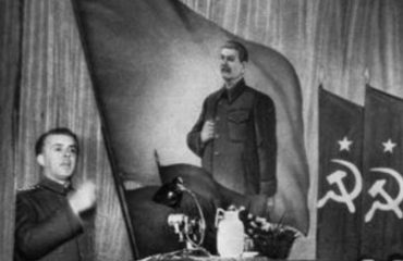 Tri lista për 22 ekzekutime, raporti pas bombës në ambasadën sovjetike