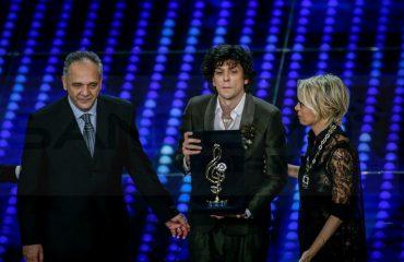 Ermal Meta: Çmimi në Sanremo, një histori që kishte urgjencë për të dalë jashtë meje