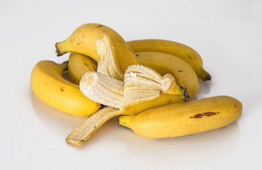 Dhjetë përdorimet e lëkurës së bananes