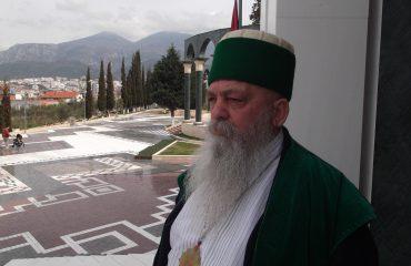 Baba Mondi: Na kanë persekutuar, por sërish predikojmë paqe