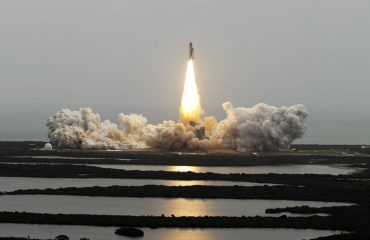 Turizëm në orbitë rreth Hënës, udhëtimi do të kushtojë 75 mln $