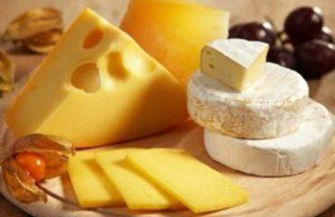 Pse shqiptarët po konsumojnë gjithnjë e më pak djathë