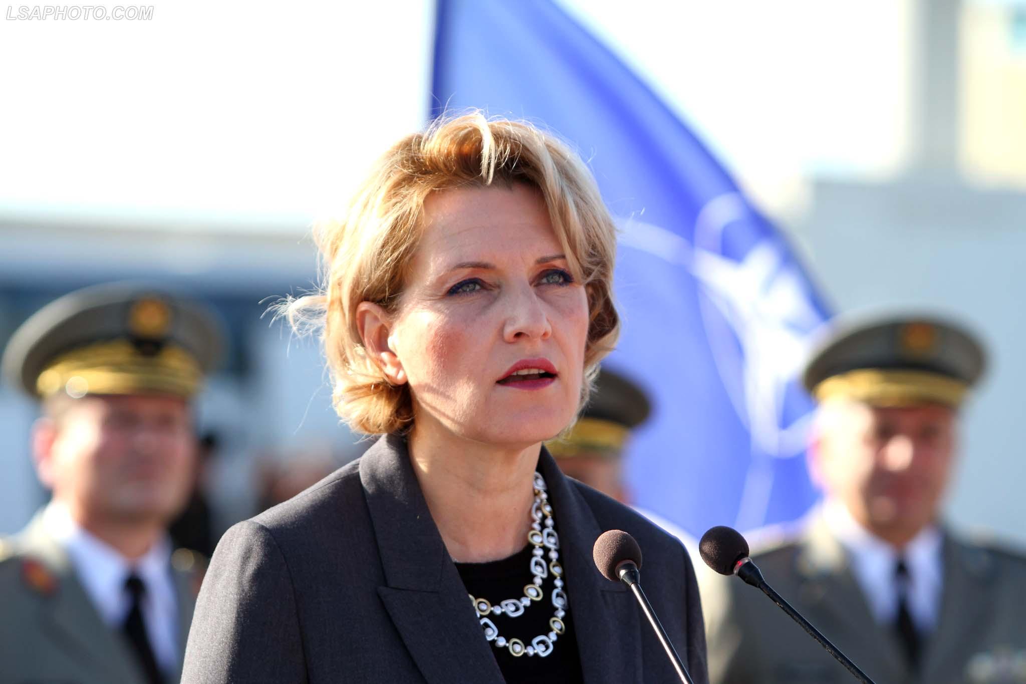 Ish-ministrja Kodheli: Ligji i luftës, akti i pamerituar por nuk mund të zgjidhet nga një vizitë 3-ditore
