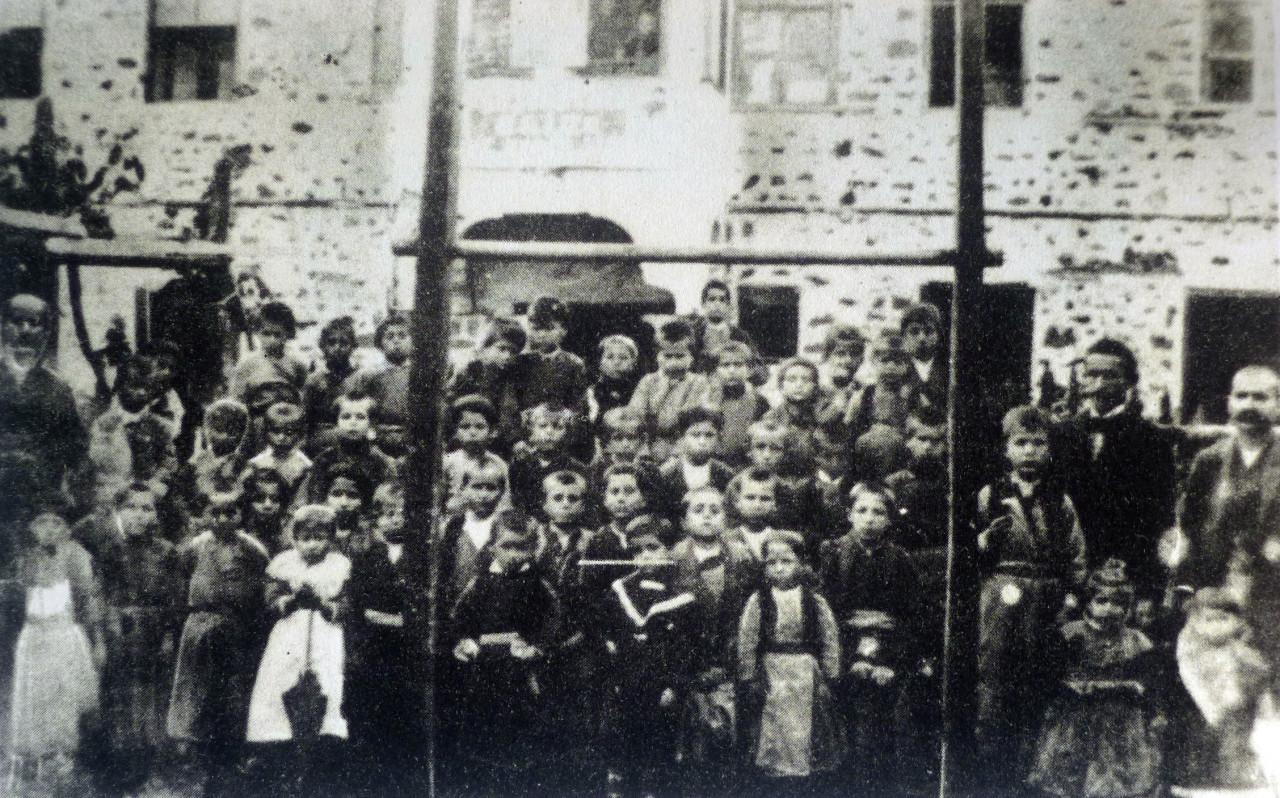 Sot, 130 vjet nga shkolla e parë shqipe