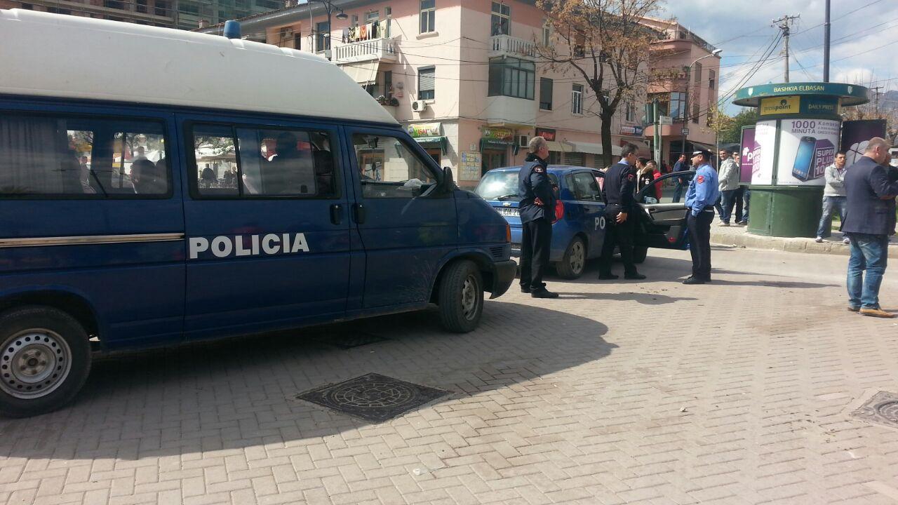 """Atentat në Tiranë, plagoset 28-vjeçari në """"Rrugën e Dibrës"""""""