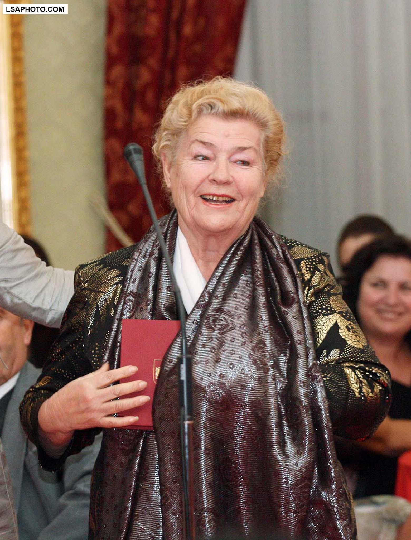 Margarita Xhepa: Dua të më iki shpirti bashkë me pasionin për skenën