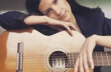 Mariza Ikonomi: S'jam nga ato  që u shkoj meshkujve nga pas