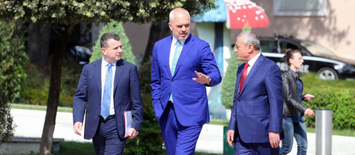 Nisin negociatat për zgjidhjen e krizës politike, Fleckenstein e McAllister takim me Ramën-Metën