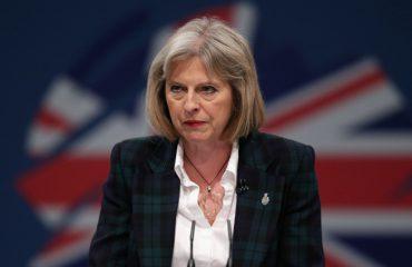Brexit, kryeministrja britanike thërret mbledhjen e jashtëzakonshme me kabinetin