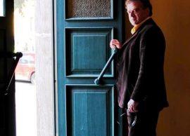 """Bujar Asqeriu: Arti i zgjati jetën diktaturës, sot teatrot janë """"ku thërret qameti"""""""