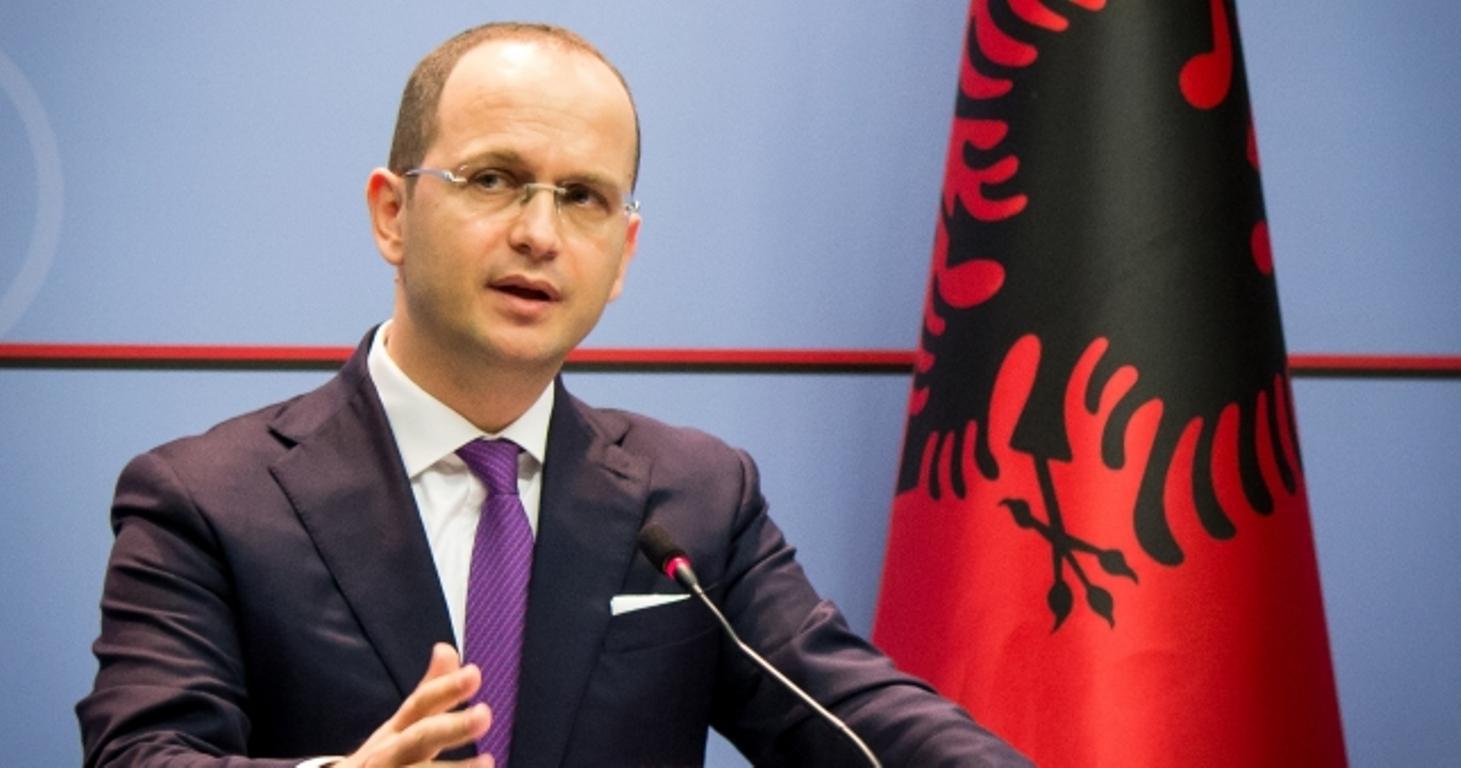Çelja e negociatave me BE, Ditmir Bushati: Shqiptarët janë futur në një labirint vetëmashtrimi