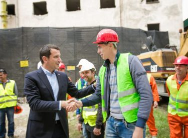 Tiranë, nis rikonstruksioni i konvikteve në Qytetin Studenti Nr.2