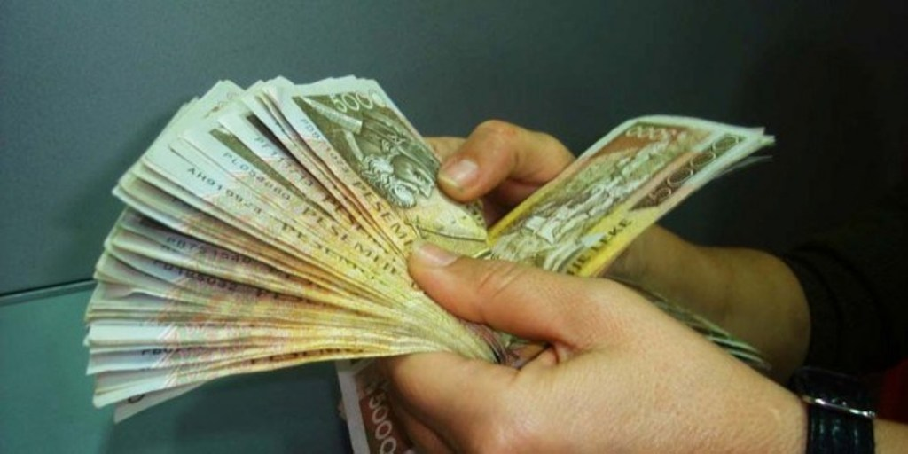 131.2 million banknotes circulating in Albania