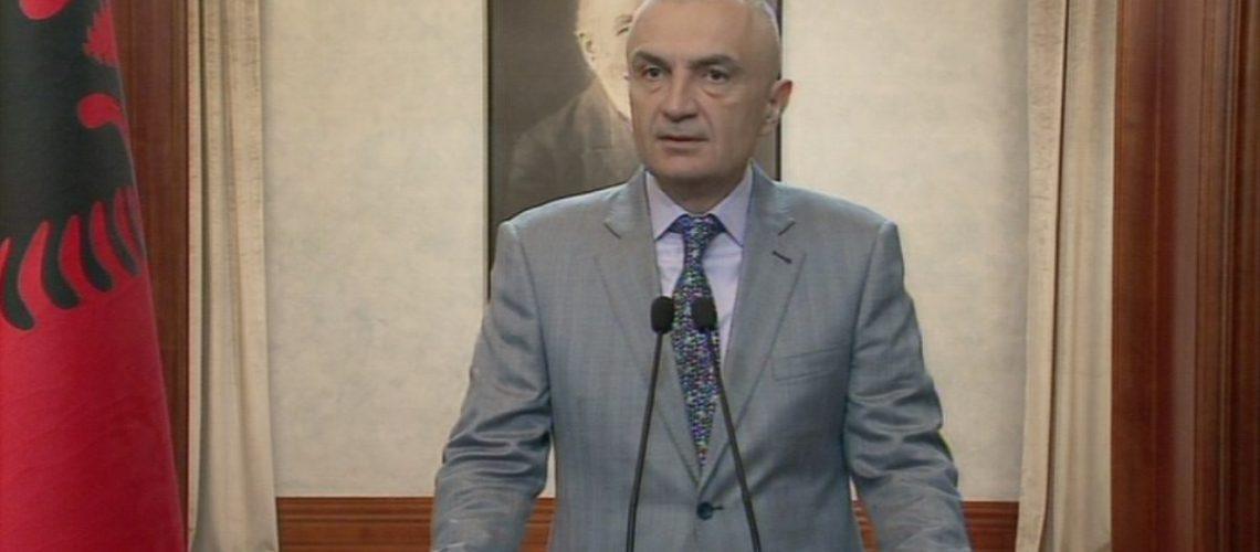 Meta President: LSI-në do ta drejtojë Petrit Vasili, por nuk po e braktis