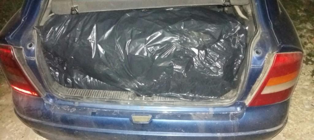Sekuestrohen 234 kg hashash në Janinë, në pranga 3 shqiptarë