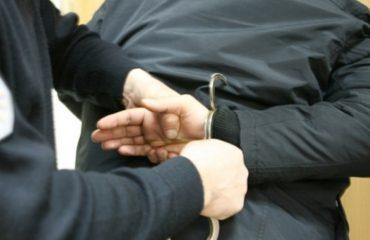 Tiranë, arrestohen të kërkuarit për prodhim narkotikësh