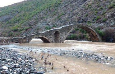 Ura e Kamares, një bukuri mesjetare e lënë në harresë