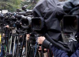 Reklamat falas dhe kasetat reagojnë mediat elektr