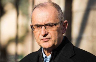 Vasili shkruan për Ramën: Ky kryeministër kryeparazit mori notën zero në Trieste