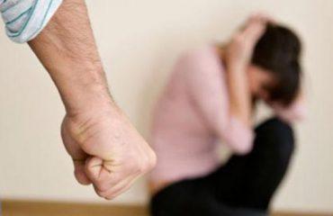 Ushtronte dhunë ndaj bashkëshortes, arrestohet 55-vjeçari në Tiranë