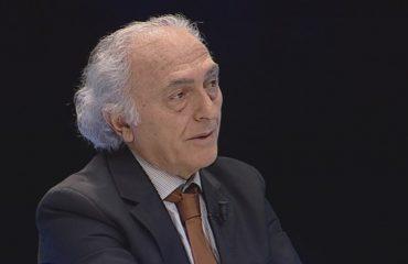 POPULL I DASHURUAR PËR VDEKJE - OP-ED NË 'ALBANIAN FREE PRESS' - Nga FRROK ÇUPI