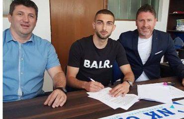 Zyrtare, Eros Grezda firmos për Osijek