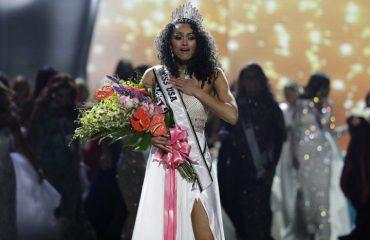 Kara McCullough shpallet Miss Amerika