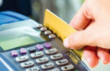 Më pak para' cash, shqiptarët përdorin masivisht kartat