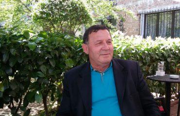 Kozma Dushi: Me këngën shqiptare do jetoj e do mbyll sytë
