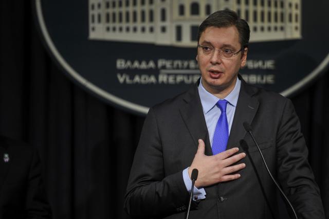 Serbi, Vuçiç dorëhiqet nga posti i kryeministrit