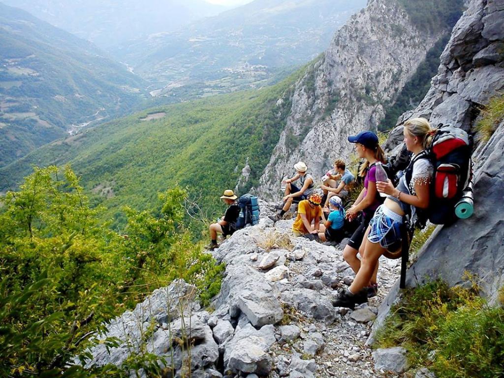 Statistikat, numri i vizitorëve të huaj rritet me 13%