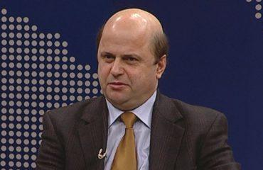 Arjan Kadare: Euron e dobësoi TAP-i, HEC-i i Devollit dhe remitancat e larta