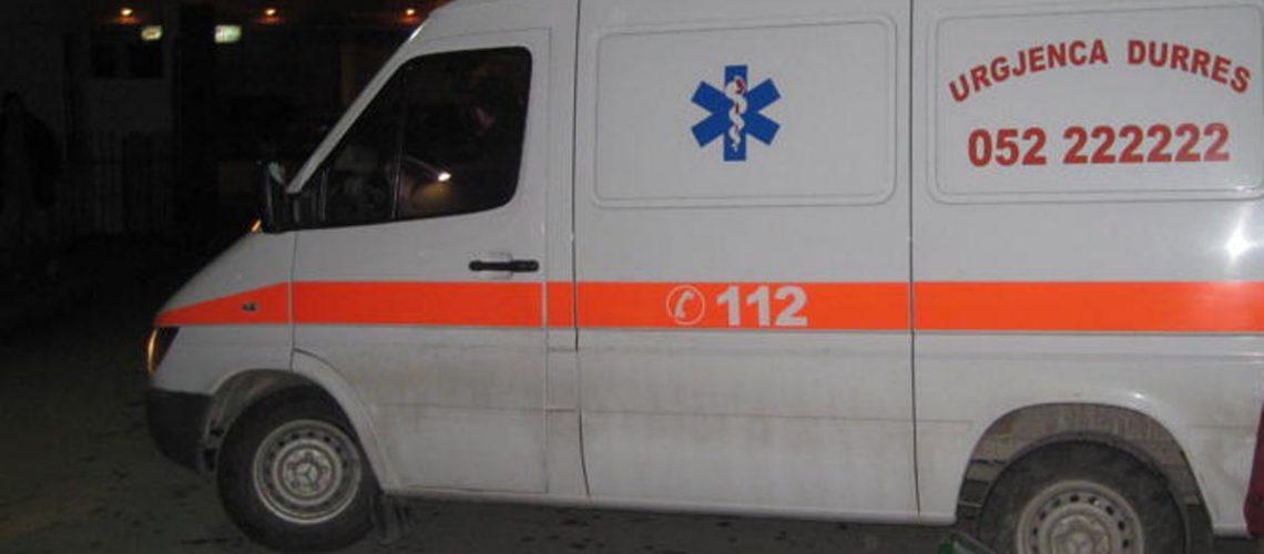 Përplasja e demokratëve me policinë në Shkodër, 7 civilë të plagosur dhe 2 policë