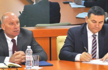 Ministri Demiraj, porosit Policinë: Jeni nën monitorim të rreptë