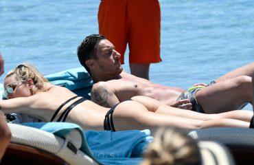 Çifti Totti pushime në Mikonos