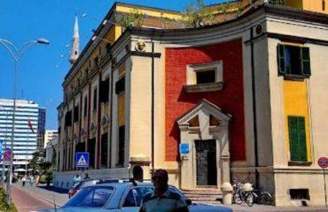 """Shërbimi """"eKiosk"""", bashkia e Tiranës, gati projektin për dokumentet"""