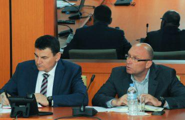 Urdhri i ministrit Demiraj: Policët, asnjë lëvizje pa lejen e shefave