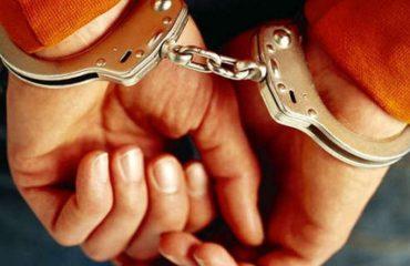 Shpërndante para për blerje votash, arrestohet doganieri i Vermoshit