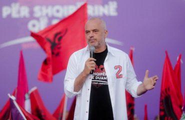 Rama gjatë turit në Vlorë: Qeverinë do e mbajë lidhur me popullin e thjeshtë