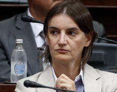 E re, lesbike dhe besnike - kryeministrja e re e Serbisë