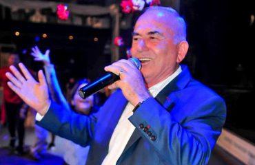 Vaskë Curri: Më mbyllën 6 ditë të bëja këngë për Enver Hoxhën, s'e bëra dot