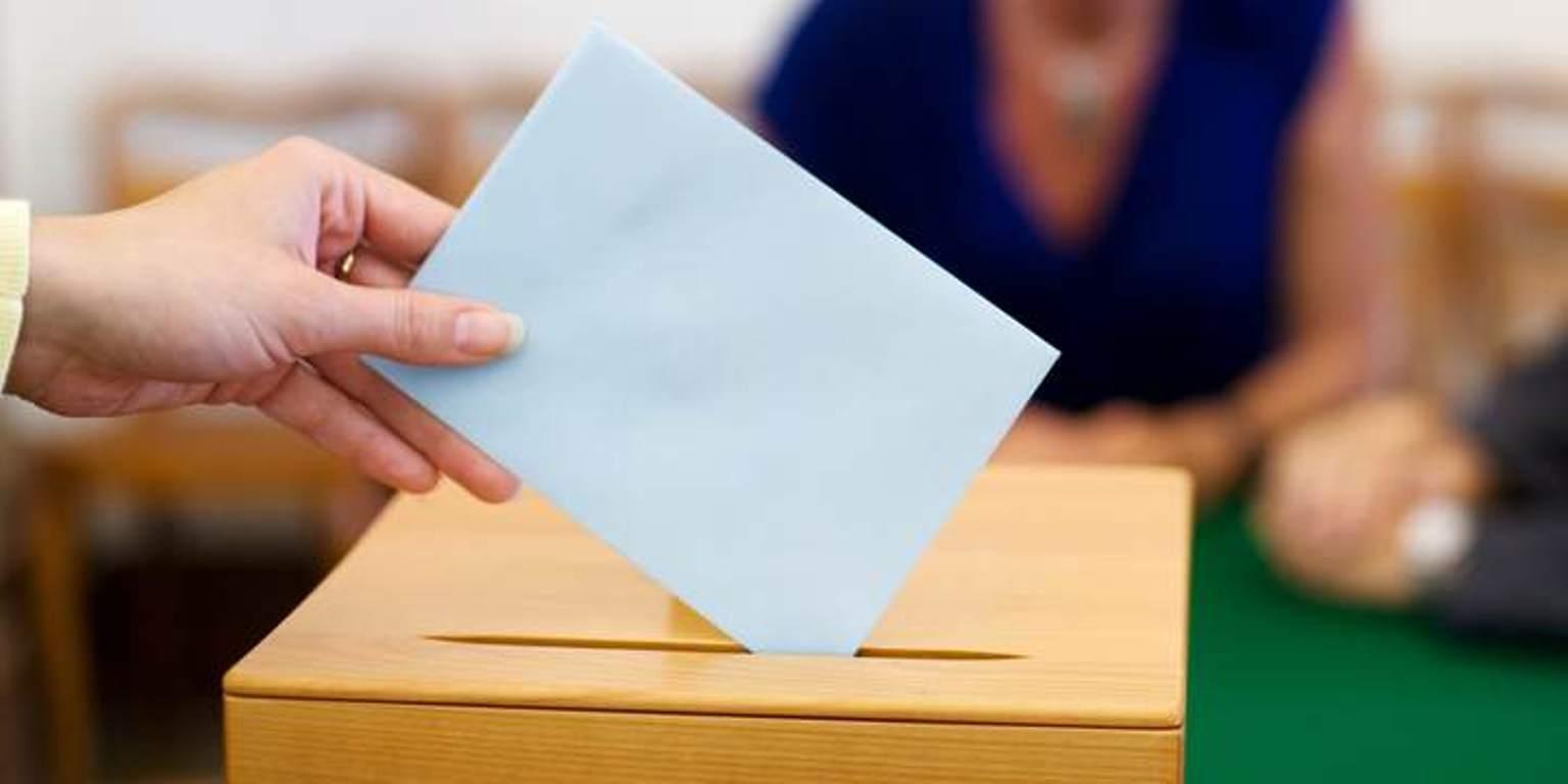 Presidenti Meta shfuqizon dekretin per daten e zgjedhjeve 30 qershor