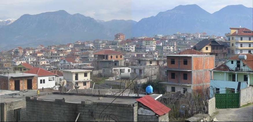 """Shqiptarët vazhdojnë të ndërtojnë """"për të futur kokën"""""""