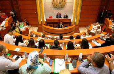 Fyerja e banorëve, opozita vendos të braktisë punimet e Këshillit Bashkiak