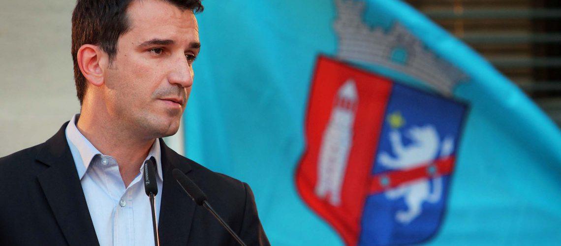 Veliaj krahason Tiranën me Korçën, premton ujë 24-orë brenda 5 viteve