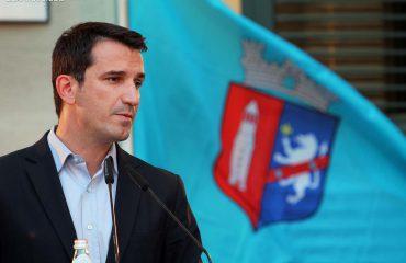 """""""ANTENA JASHTË FAMILJES"""", Veliaj, letër Shpend Ahmetit: A nuk të vjen marre? Po turp nuk ke që...?"""