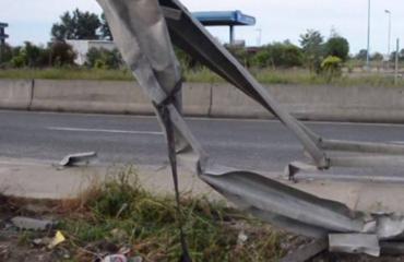 Përplasje fatale në Kavajë, vdes 24-vjeçari nga Vlora