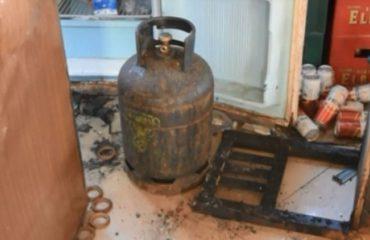 Shpërthimi i bombolës djeg shtëpinë në Vlorë, lëndohet i moshuari